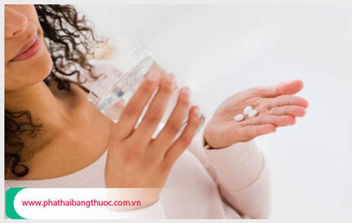 Phá thai 2 tuần tuổi bằng thuốc được không ?