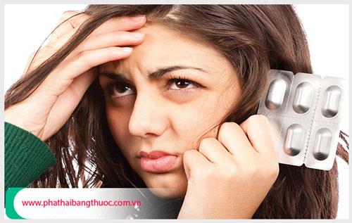 Uống thuốc phá thai có được uống giảm đau không ?